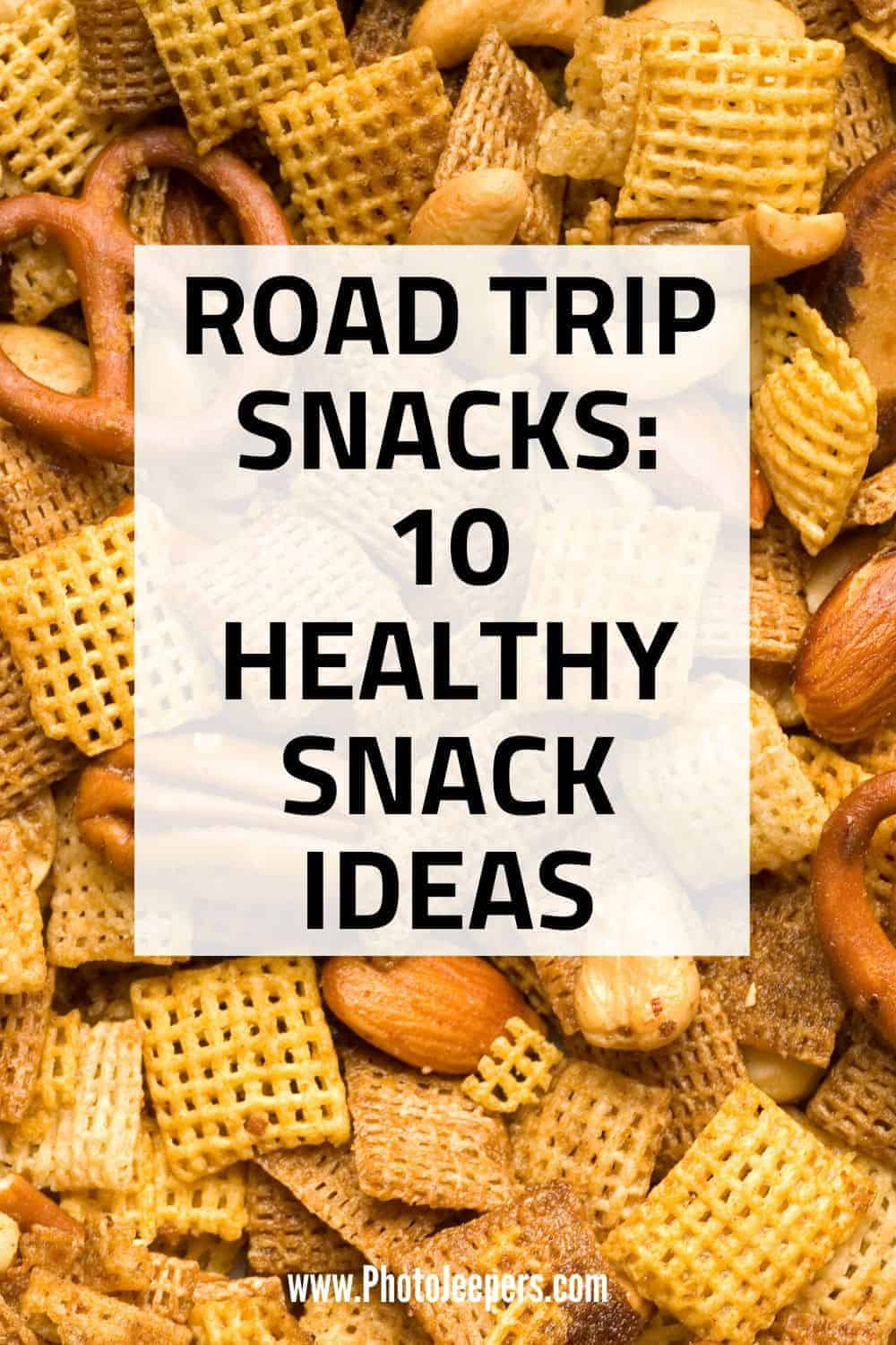 Looking for a healthy road trip snack? Here's a list of 10 snack ideas that are healthy, filling and portable which makes them perfect for travel, road trip or hiking snacks. #travel #granolabars #healthysnack #photojeepers
