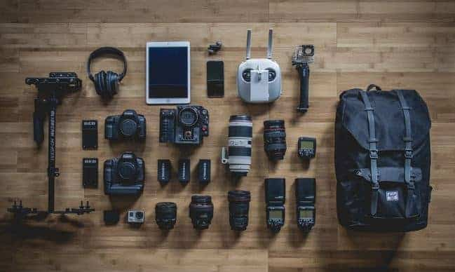 photograph gear including cameras, lenses and more