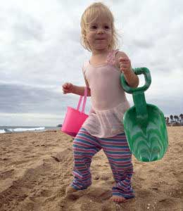 Here are our ten best tips for babies at the beach. This beach guide for babies includes dealing with a sandy toddler, keeping everyone happy, and our favorite beach products. Don't forget to save this to your vacation board!