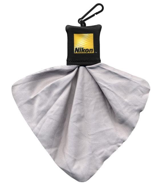Travel Photography Gift Idea: microfiber lens cloth