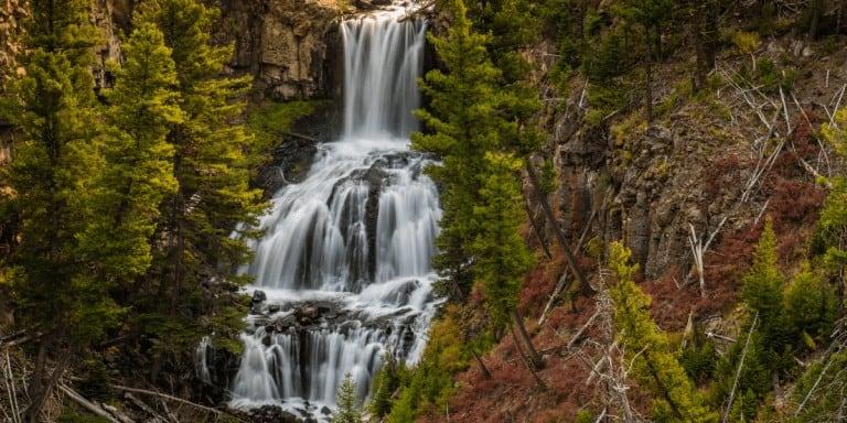 Must-See Yellowstone Waterfalls to Photograph