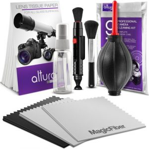 Camera gear for travel photography - camera cleaning kit