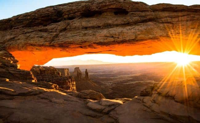 Mesa Arch at sunrise - Canyonlands Island in the Sky