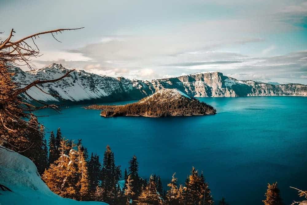 Crater Lake National Park winter - US National Park List: 25 Beautiful Parks to Visit
