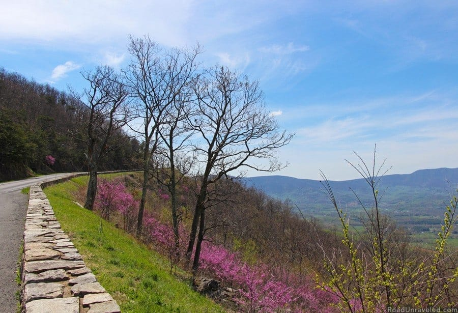 View of Shenandoah National Park - National Park - US National Park List: 25 Beautiful Parks to Visit