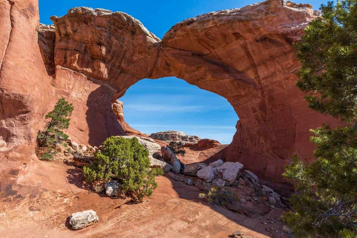Remember to photograph BOTH sides of Broken Arch.