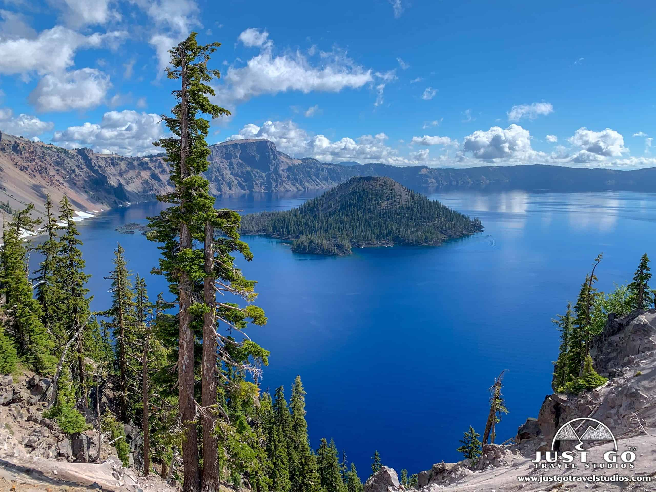 Crater Lake National Park in the summer.