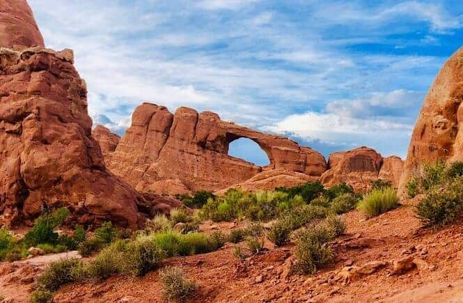 Our Epic 2 Week Utah Arizona Road Trip: Top 10 Stops You Cannot Miss!