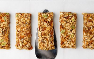 10 Vegan and Gluten Free Granola Bar Recipes as a Travel Snack