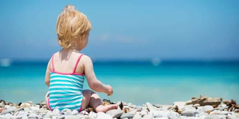 Top 15 Tips for Taking Babies to the Beach