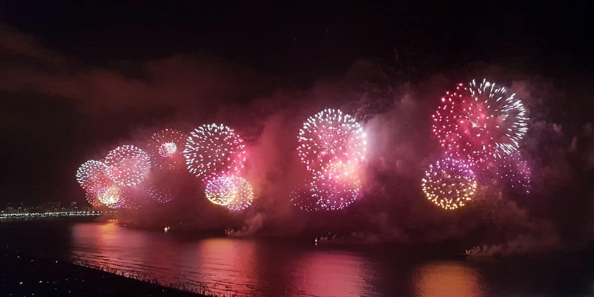 Enjoy 4th of July fireworks in the summer in Oregon.