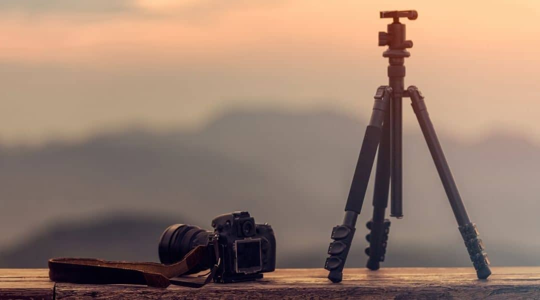 Best Professional Tripods for Heavy Lenses and DSLRs