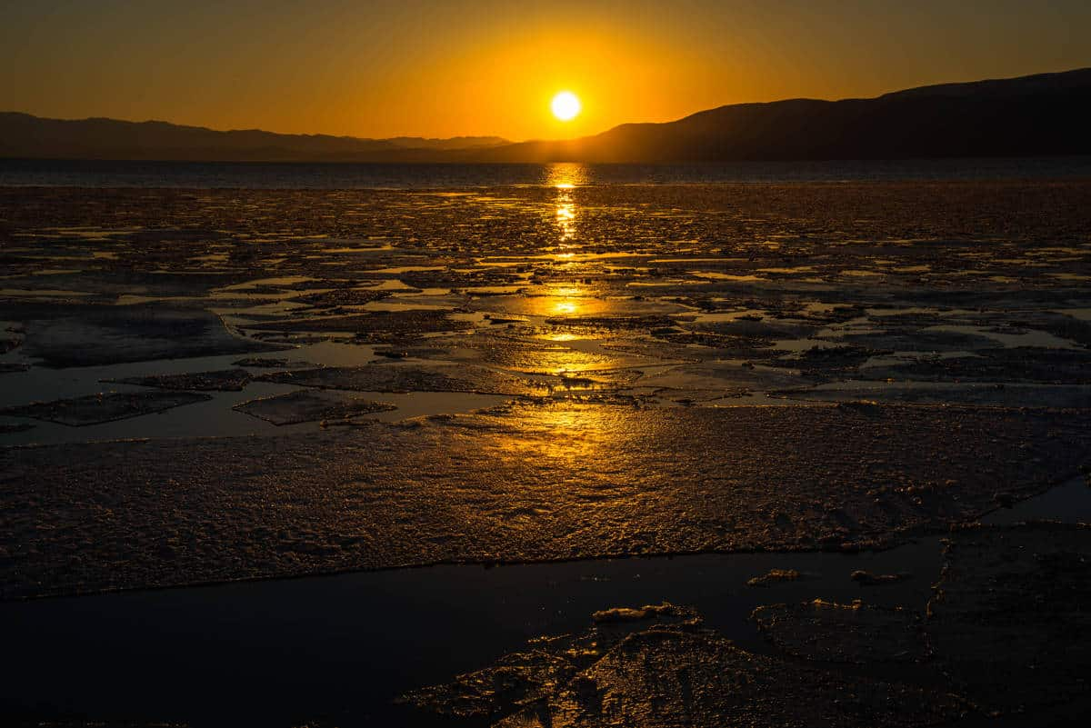 Stunning sunset at Utah Lake State Park.
