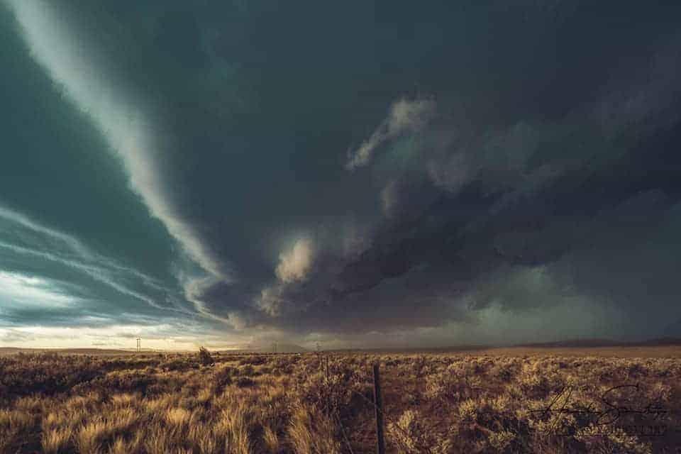 low horizon line landscape photography
