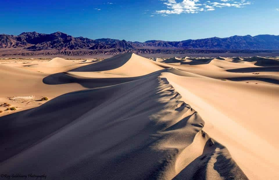 high horizon line sand dunes