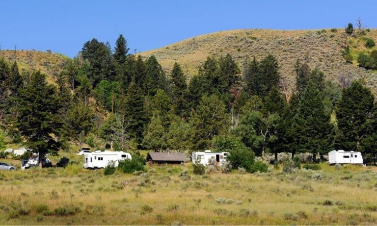 Places to Stay at Yellowstone National Park
